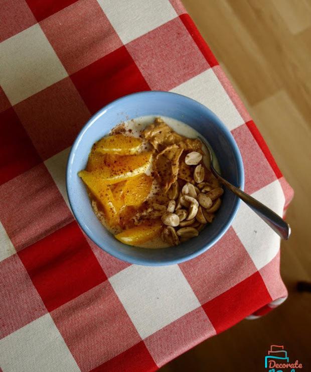 Owsianka z pomarańczą i masłem orzechowym - naturalnie słodzona, z nutą cynamonu! - Musli i podobne