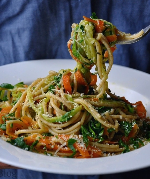 Trójbarwne spaghetti - Dania z makaronu