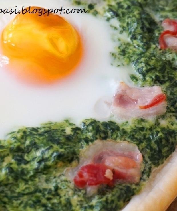 Tarta francuska z jajkiem sadzonym, szpinakiem i boczkiem - Tarty wytrawne