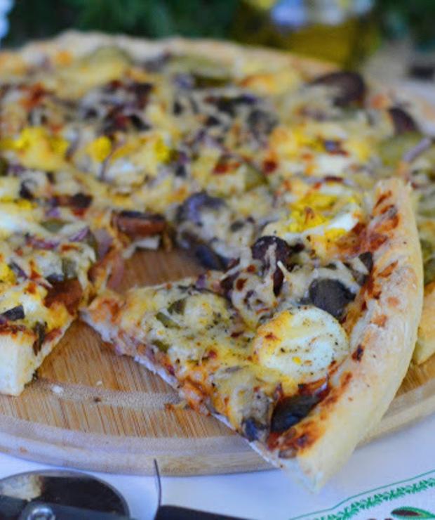 Pizza farmerska - Na gorąco