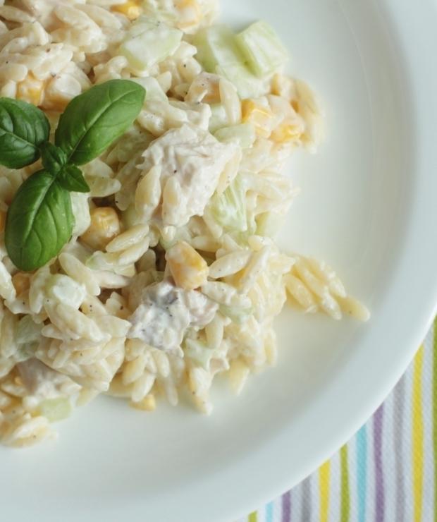 Sałatka z makaronem ryżowym - Mięsne