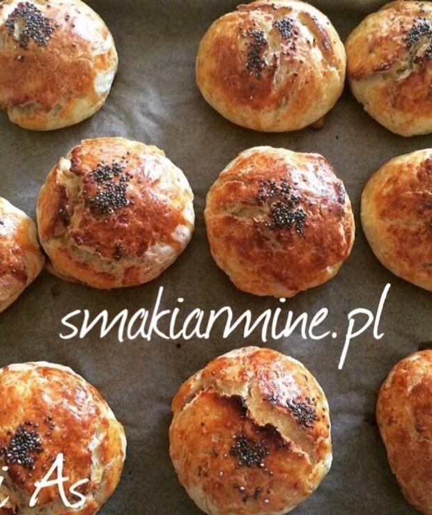 Bułeczki z dodatkiem gotowanych ziemniaków - Bułki