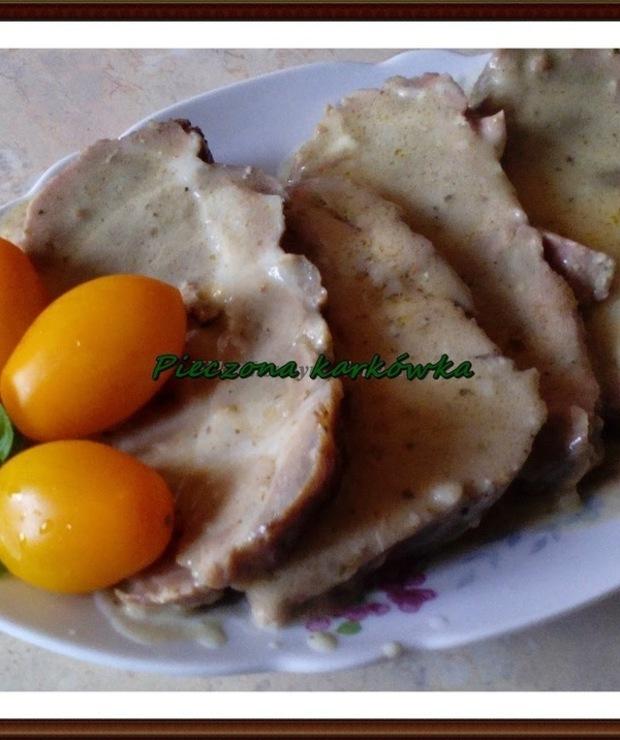 Pieczona karkówka w sosie własnym - Wieprzowina