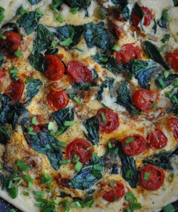 Omlet z pomidorkami - Jajka i omlety