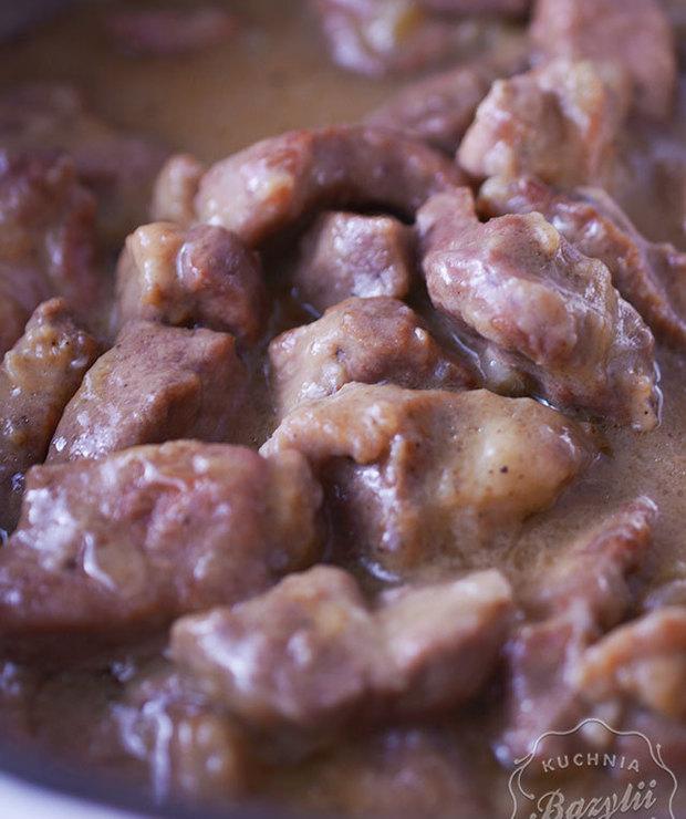 Prosty gulasz wieprzowy - Wieprzowina