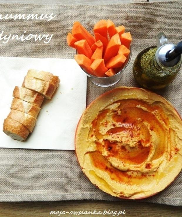 Hummus z puree z pieczonej dyni - Warzywa