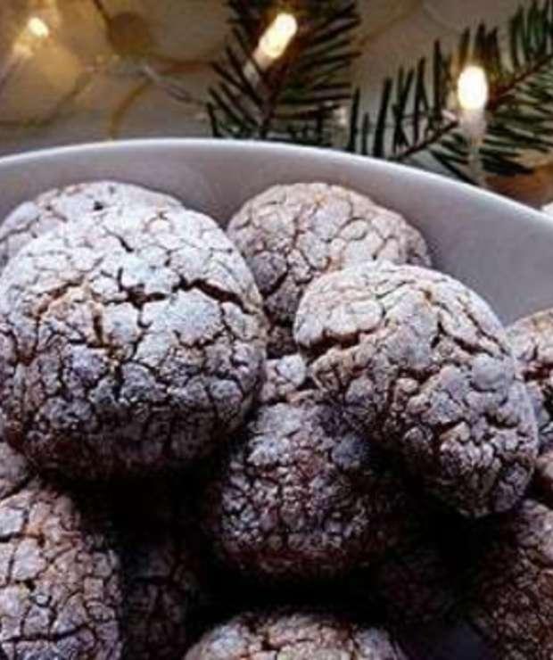 Świąteczne ciasteczka orzechowe - Ciastka