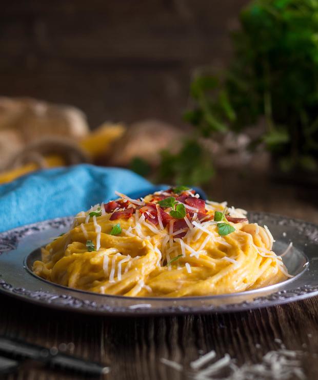 Spaghetti z sosem dyniowym, idealnie kremowym - Dania z makaronu