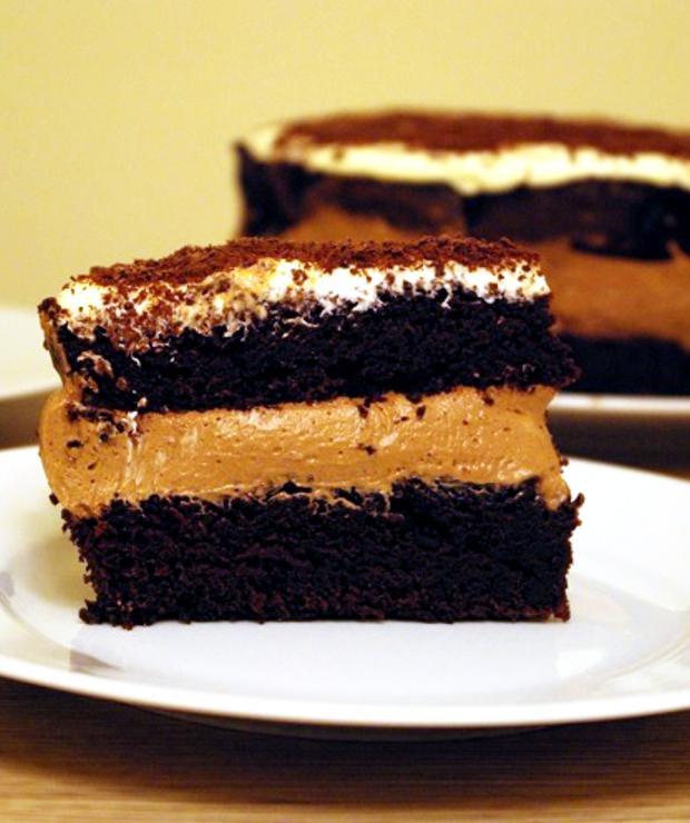 Ciasto czekoladowe z kremem - Torty