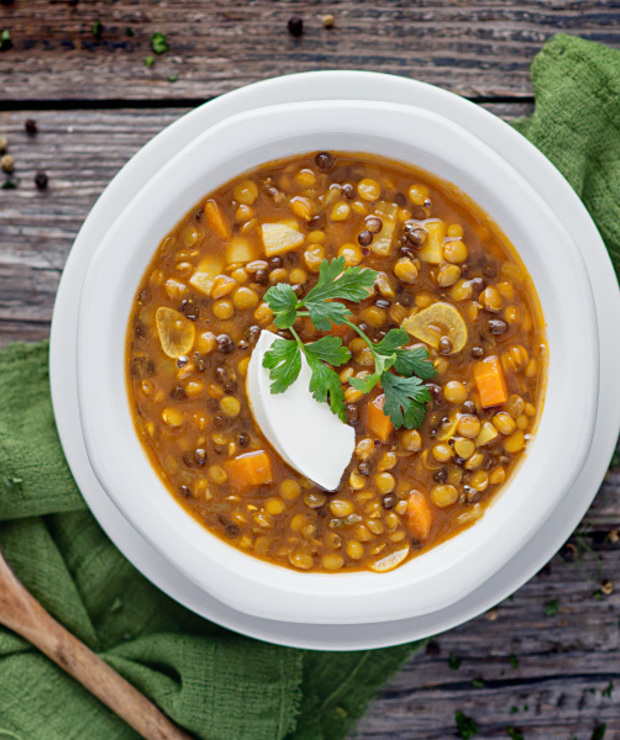 Indyjska zupa dahl z soczewicy - Z warzywami