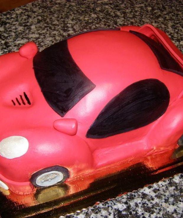 Tort Czerwona wyścigówka - Torty
