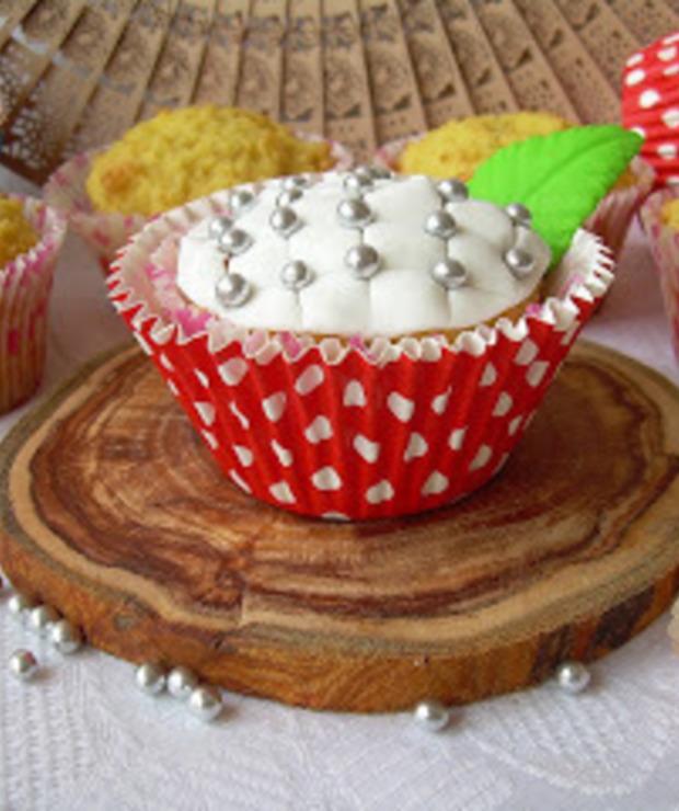 Babeczki pikowane z mąką kokosową - Muffiny i babeczki