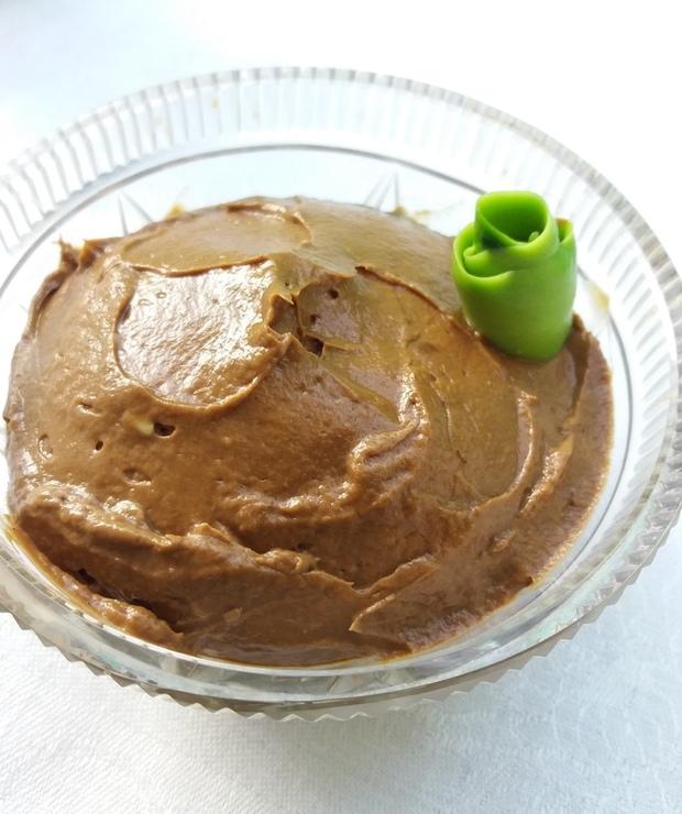 Mus czekoladowy z awokado - Kremy