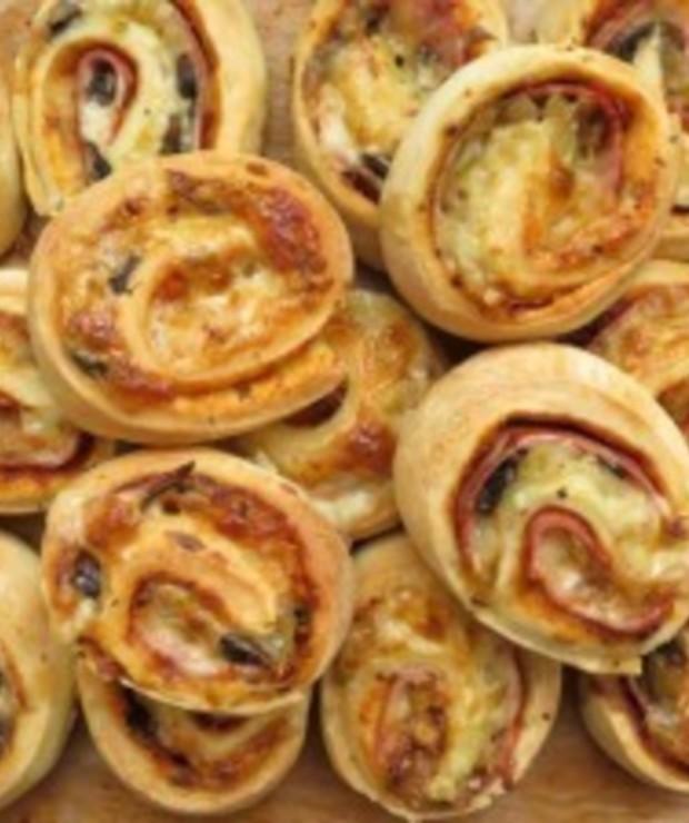 Ślimaki z szynką i serem - Na gorąco