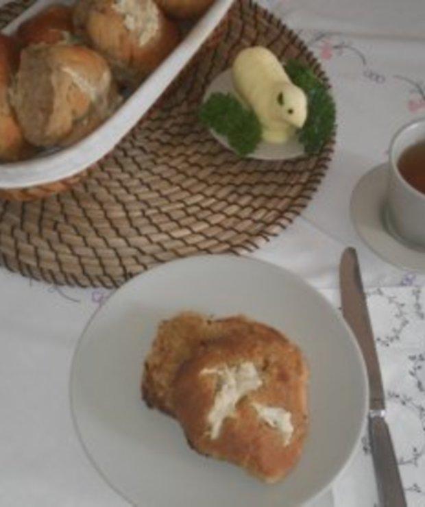 Angielskie bułeczki Hot cross buns na Wielkanoc - Bułki