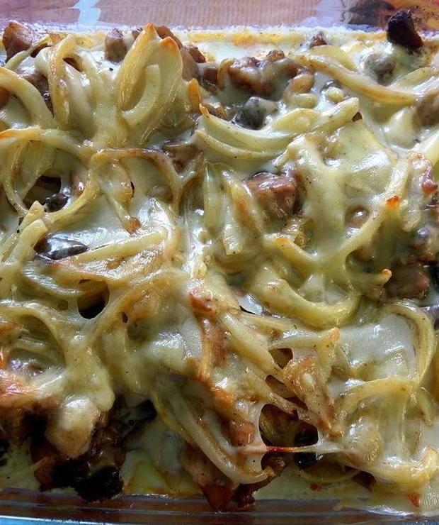 Zapiekanka ziemniaczana ze schabem i pieczarkami  - Inne