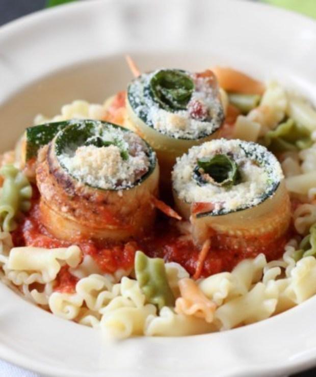 Roladki z cukinii w sosie pomidorowym - Warzywa