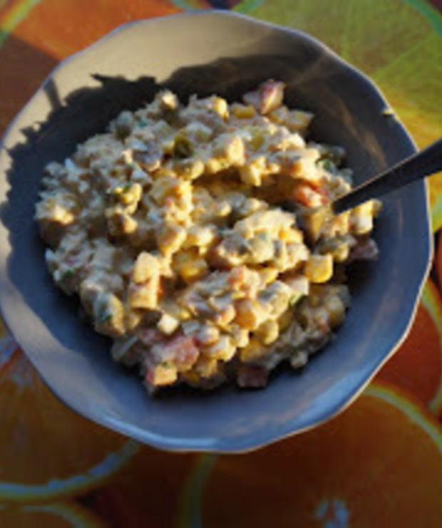 Sałatka z tuńczykiem i mieszankami warzywnymi - Jarskie