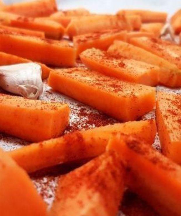 Zupa krem z pieczonej marchewki z mlekiem kokosowym - Kremy