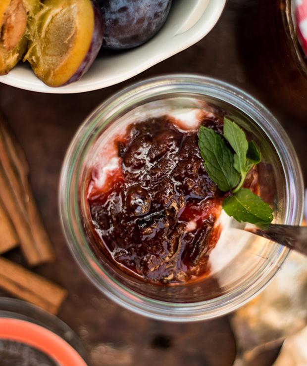 Śliwki z cynamonem. Jogurt grecki. Deser czy śniadanie? - Inne
