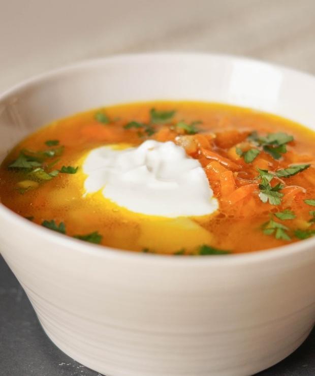 Zupa marchewkowa z curry - Z warzywami