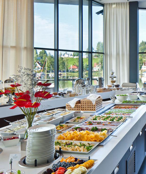 Jezioro Mikołajskie – Hotel Mikołajki - Lokale gastronomiczne
