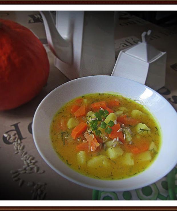 Zupa Warzywna z Kalarepą i Dynią - Z warzywami