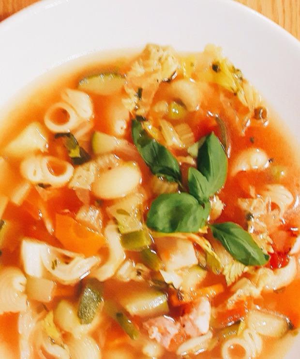 Akademia Kulinarna GoCook i przepis na najlepszą zupę minestrone - Z warzywami