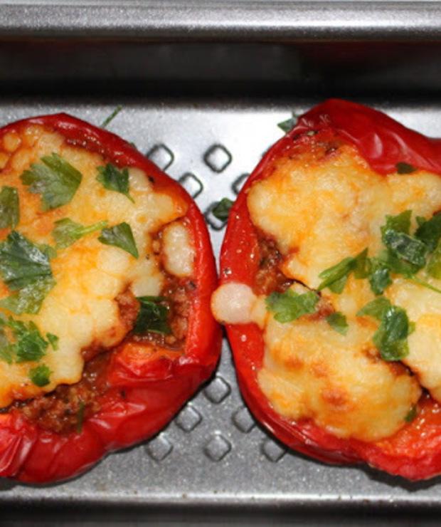Papryka faszerowana mięsem mielonym po włosku - Na gorąco