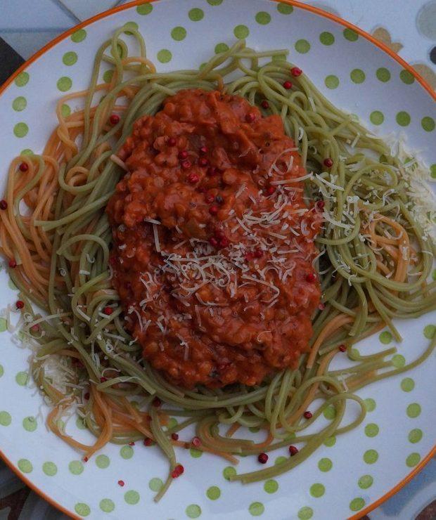Wegańskie spaghetti po bolońsku - Dania z makaronu