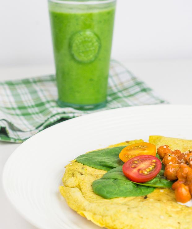 Zdrowe wegańskie śniadanie – Omlet z ciecierzycy - Jarskie