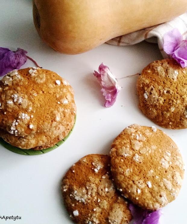 Korzenne ciasteczka dyniowe - Ciastka
