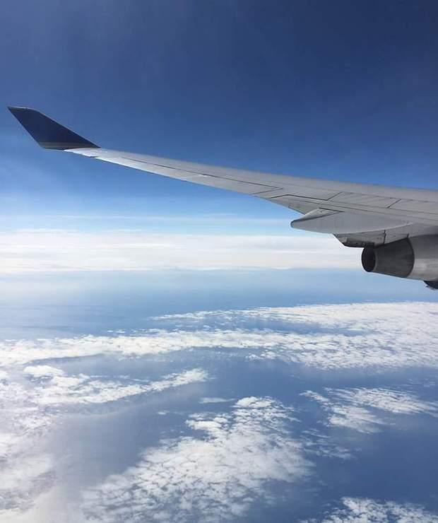 Jak przetrwać długą podróż samolotem? - Lokale gastronomiczne