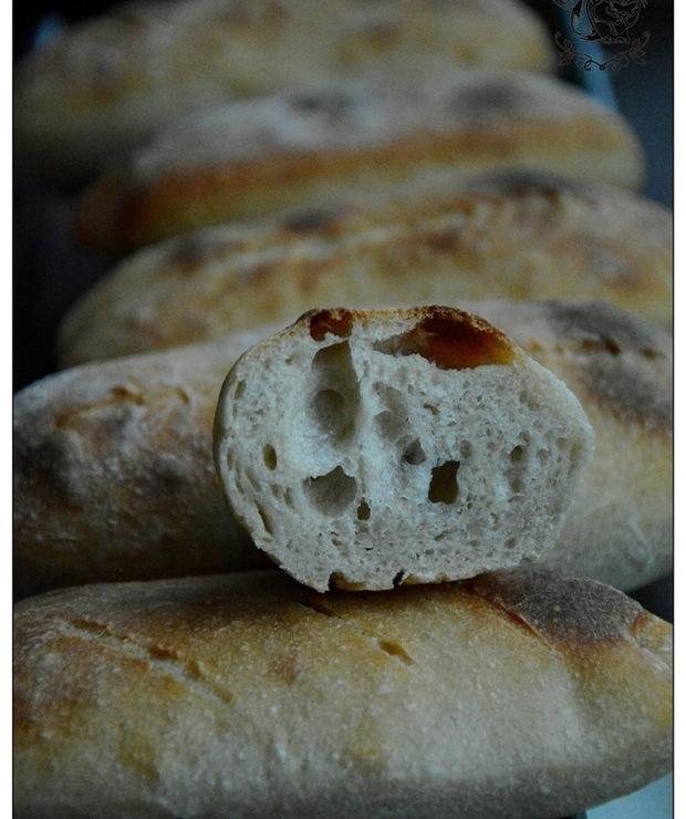 Vermont Sourdough i bułki, czyli bajeczne pieczywo na zakwasie - Bułki