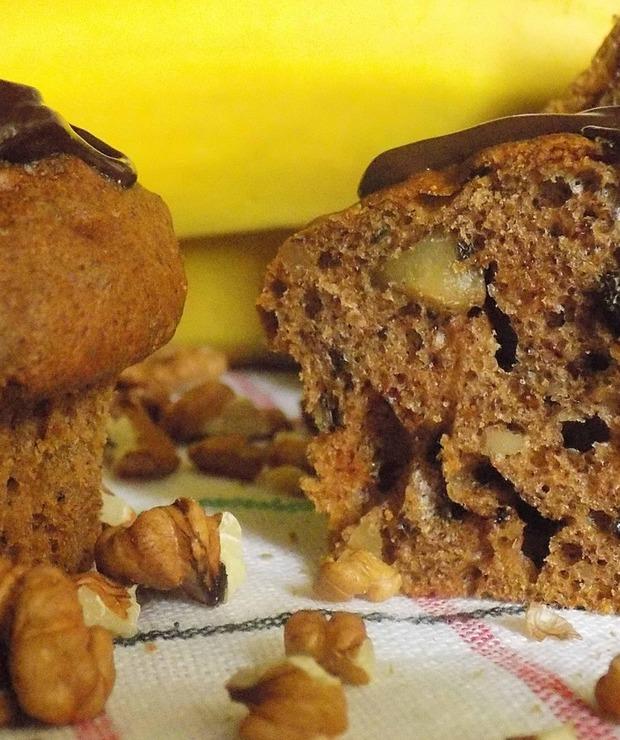 Babeczki bananowe z orzechami - Muffiny i babeczki