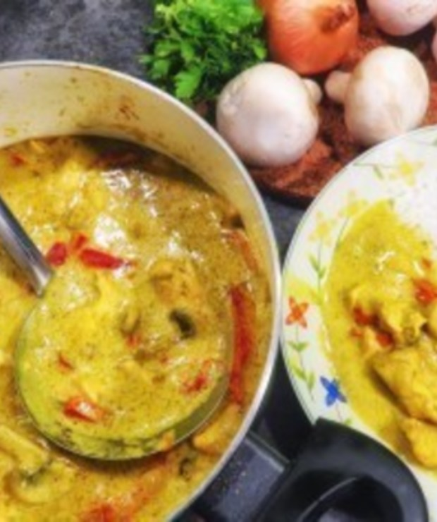 Kurczak w curry - Drób