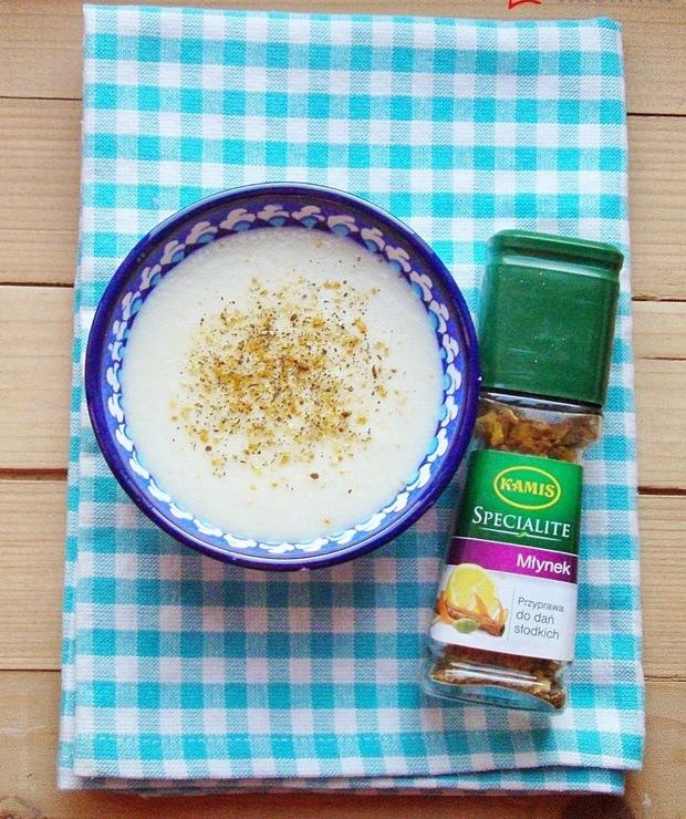 Kasza manna na mleku z orientalnymi przyprawami  - Musli i podobne